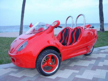 Fun things to do in Myrtle Beach, SC!  Mopeds, scoot coupes and golf carts! Call 843-626-6900