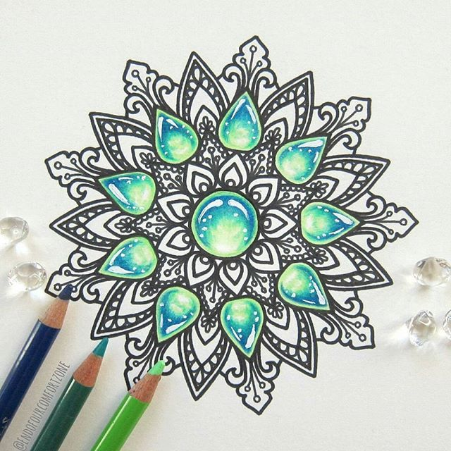 What is your favourite kind of #mandalas? I really like the ones with some gemstones, what do you think? #mandala #mandalaart #mandalala #coloredpencils