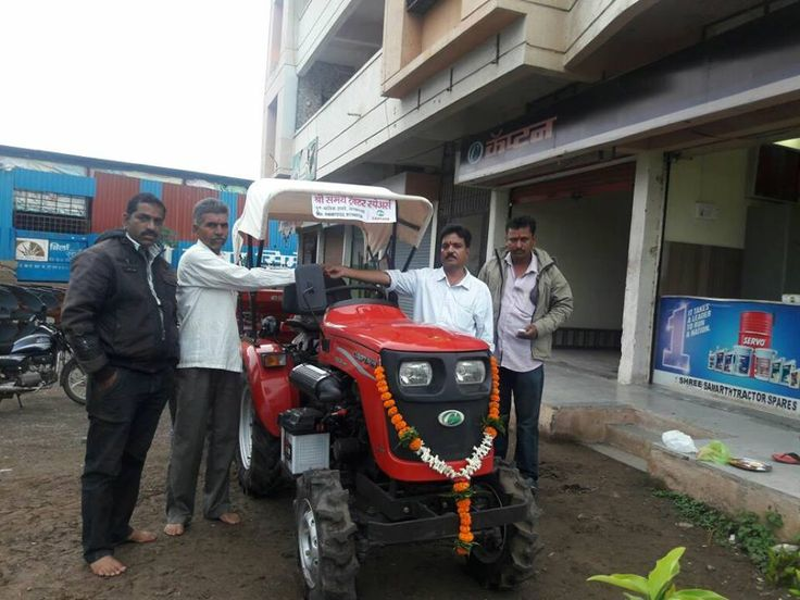 Tractor delivery and New Tractor installation to farmers By Captain Tractors...  #Product #tractordelivery #By_Captain_Tractors