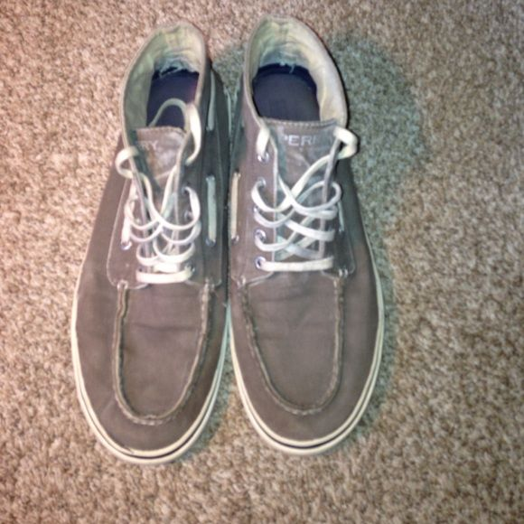 Sperry Top-Sider men's shoes size 10.5 High top Sperrys, men's size 10.5, has signs of wear on bottom and around sides, but in overall decent condition Sperry Top-Sider Shoes