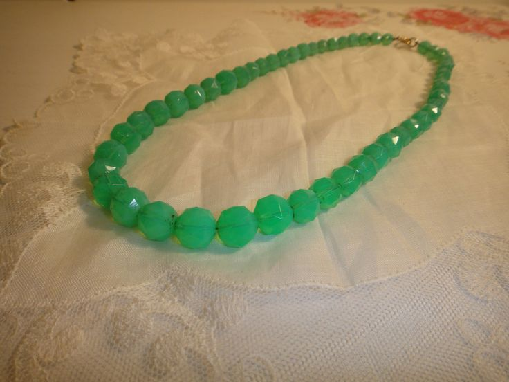 Vintage 1930s faceted uranium glass bead necklace by VintagePrettyThingsx on Etsy