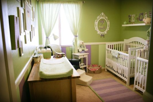 quarto verde e lilás: Green Baby, Twin Baby, Purple, Colors Schemes, Baby Rooms, Girls Nurseries, Nurseries Ideas, Green Nurseries, Baby Nurseries
