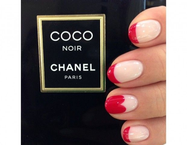 French manicure in rosso