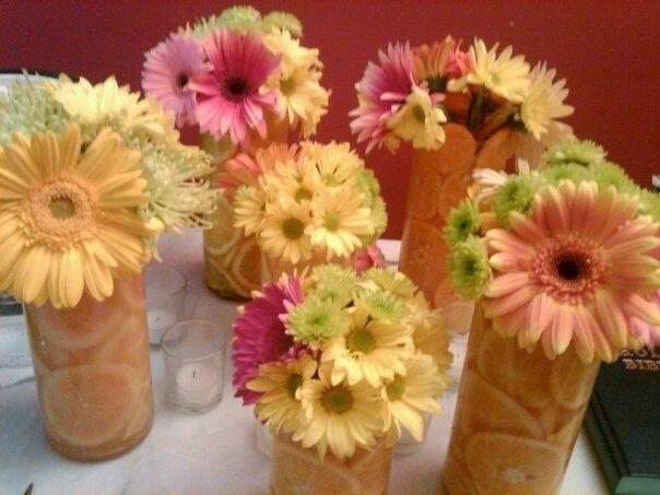 how to make a daisy centerpiece