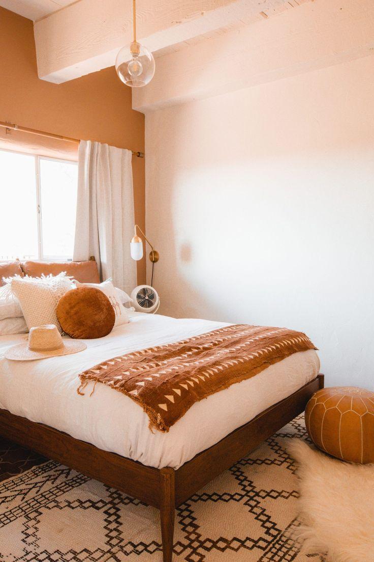 Ultimate Guide To The Desert Posada By The Joshua Tree House Anita Yokota House Interior Home Decor Farmhouse Style Bedrooms