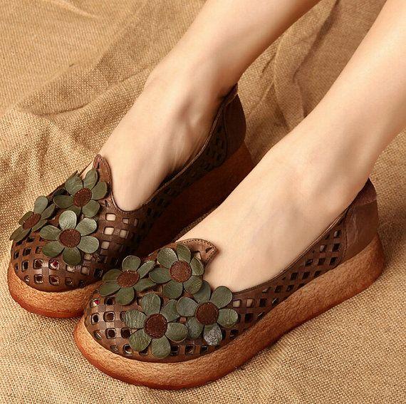 Femmes à la main en cuir sandales à fleurs Design, chaussures d'été compensées, sandales semelle épaisses, chaussures rétro Oxford