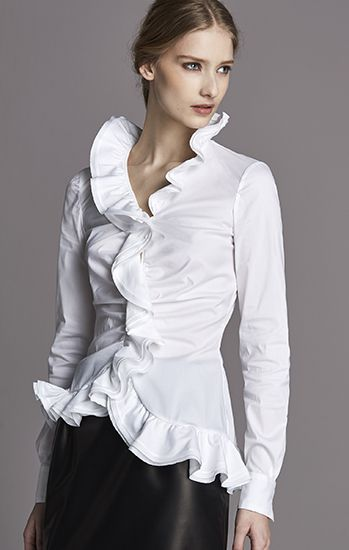 I have a CK collection and a Donna top that's similar! Classic and live the look! Timeless elegance!