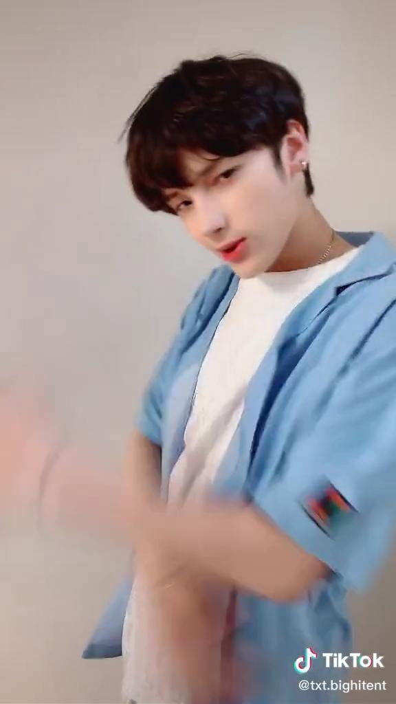 Tik Tok Pinterest Boyfriend Memes Men S Korean Style Txt