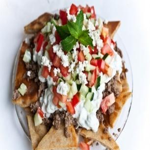... Beef, Greek Nachos, Breads, Lamb, Food Recipe, Tomatoes, Pita Recipe