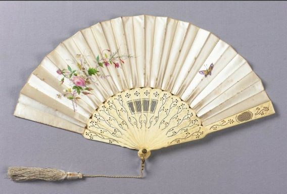 White satin fan