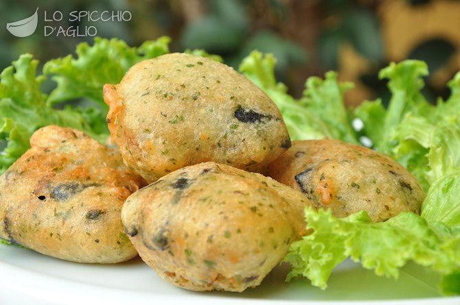 Frittelle alici e olive nere
