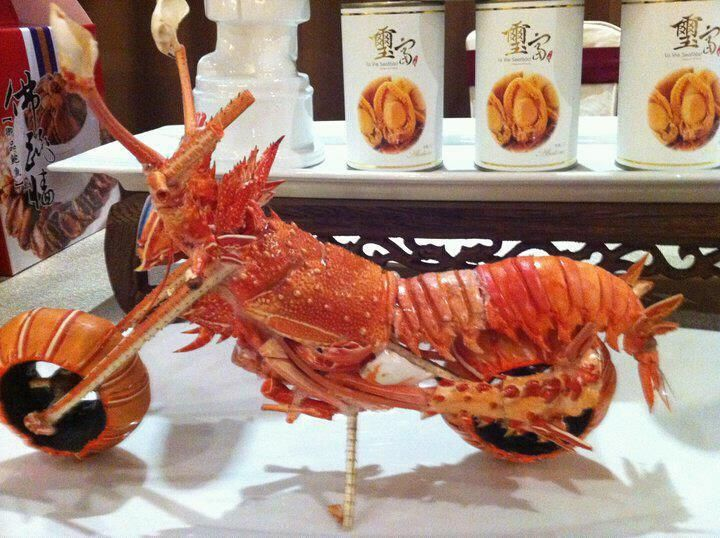 Motorcycle made from lobster shells Hosted by imgur.com