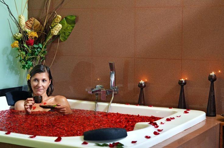 Rosa baththub  SPA at Kuta Paradiso Hotel Bali