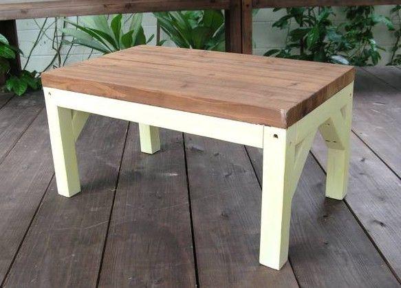 ◆アンティーク風 ハンドメイドベンチ テーブル ◆座面 65cmX40cm   高さ 33cm  ◆出品はベンチのみです 写真に写っているベンチ以外のものはデ...|ハンドメイド、手作り、手仕事品の通販・販売・購入ならCreema。