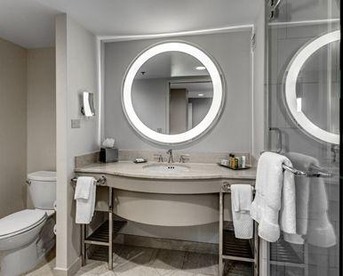 Hilton Columbus at Easton Hotel, OH - Bathroom