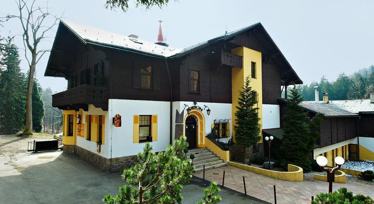 Hotel Orion Liberec Once a hunting lodge, the Hotel Orion is situated in quiet, wooded surroundings about 6 km from the centre of Liberec, and features 2 indoor tennis courts and a sauna.