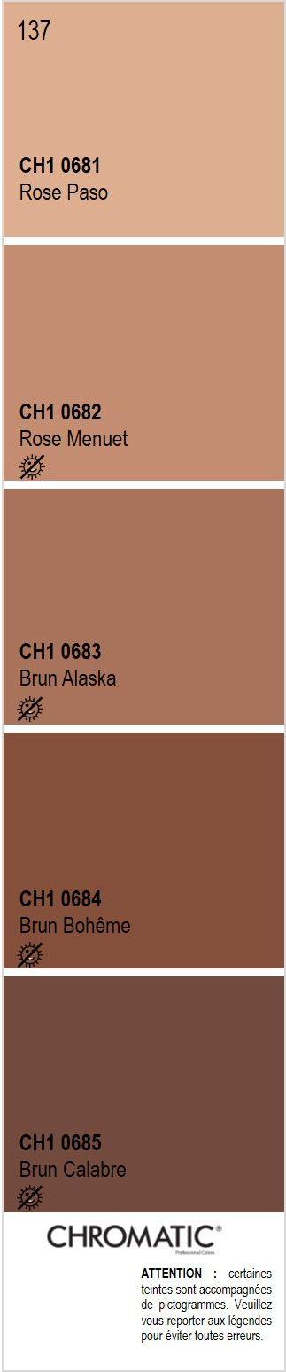 Découvrez toutes les nuances de brun du nuancier CHROMATIC®, source d'inspiration pour finaliser vos projets décoratifs. Ici la page 137 en exemple : sable, terre cuite, beige rosé. Rendez-vous sur www.chromaticstore.com. #nuancier #brun #déco