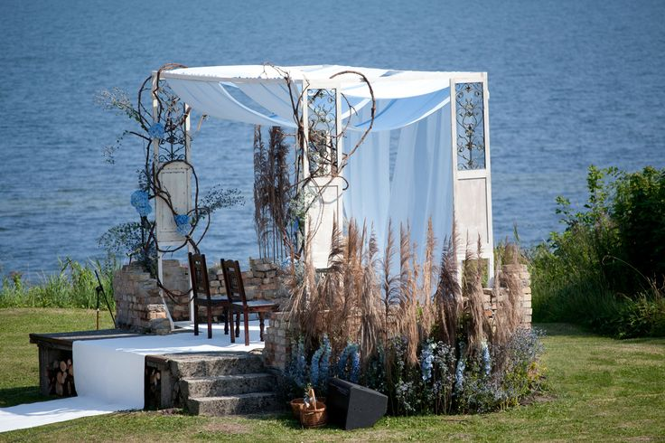 Wedding by Baltic Sea at Stara Cegielnia in Rzucewo, Poland by artsize.pl
