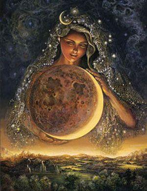 Όταν ο Ήλιος και η Σελήνη συναντήθηκαν για πρώτη φορά, ερωτεύτηκαν με την πρώτη ματιά και ξεκίνησε μια μεγάλη αγάπη. Ο κόσμος ακόμα δεν είχε δημιουργηθεί και την ημέρα που ο Θεός αποφάσισε να τον φτιάξει, τους έδωσε το φως τους. Αποφασίστηκε ότι ο Ήλιος θα φώτιζε τη μέρα και η Σελήνη τη νύχτα. Και έτσι θα ζούσαν χώρια....