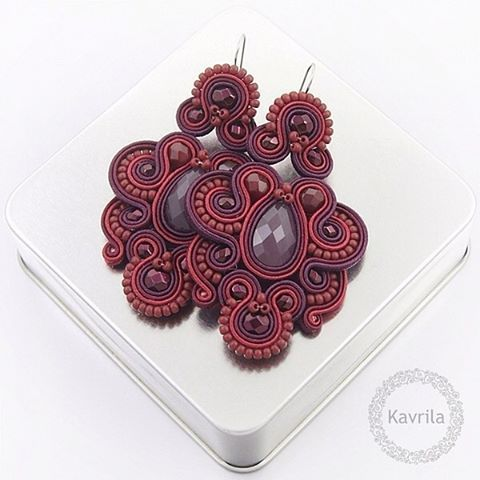 #sutasz #soutache #earrings #oriental #trendy #marsala #maroon #orginal #handmade #jewerly #instasoutache #instahandmade #kavrila #kolczyki #orientalne #modne #bordowe #długie #rękodzieło #biżuteria #autorska #love #it