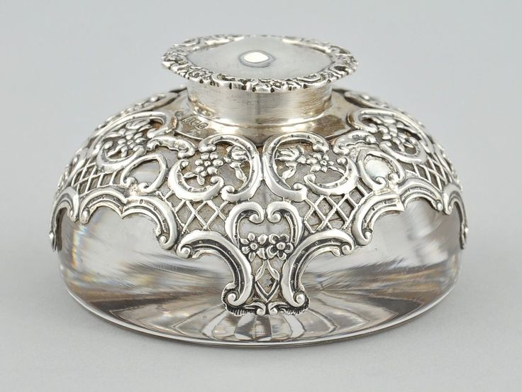 indigodreams:  herminehesse:  Sterling silver inkwell