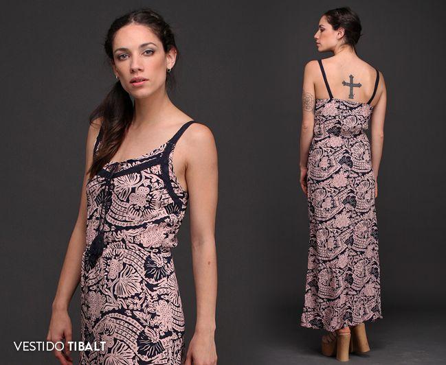 El Vestido Tibalt es una de esas prendas que realmente completan tu guardarropas de primavera verano. Puntillas, estampado floral, detalle de cordón con borlas y ajuste en la cintura. Hiper femenino. #AmorAPrimeraVista