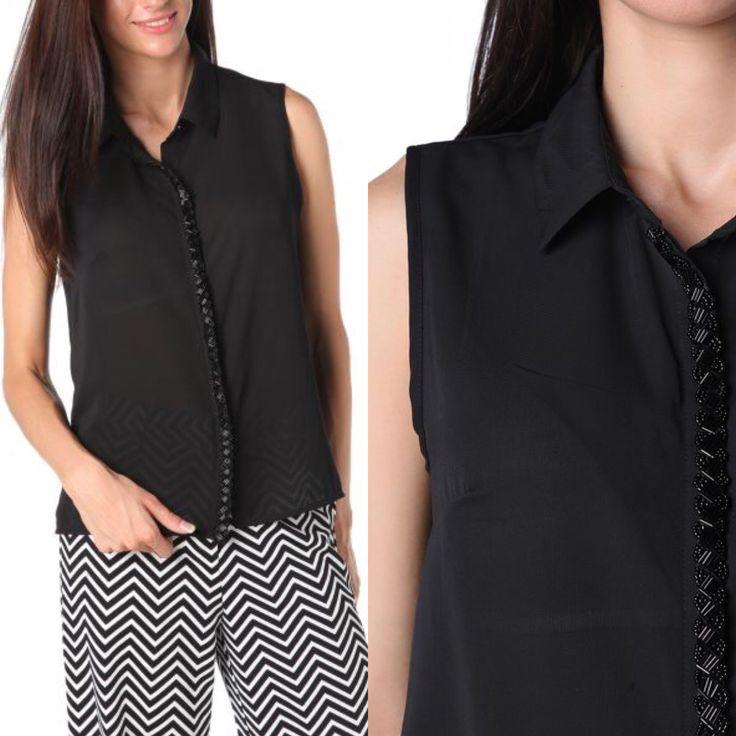 Nueva camisa con adornos, me encanta ❤️❤️❤️es una preciosidad ↙️ http://primoronline.pswebshop.com/es/mujer-/183-camisa-con-detalle-de-tapeta-con-aplicacion-de-cuentas.html