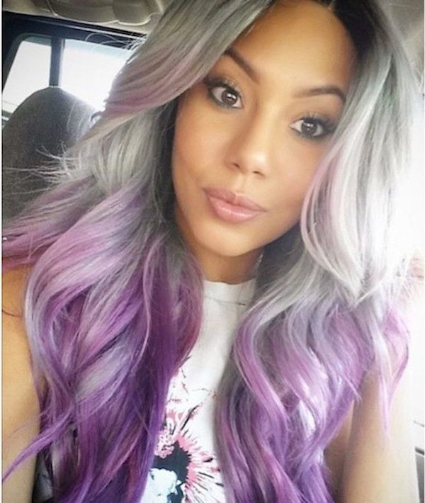 You can even combine it with the granny hair trend and give your silver strands a few streaks of color.