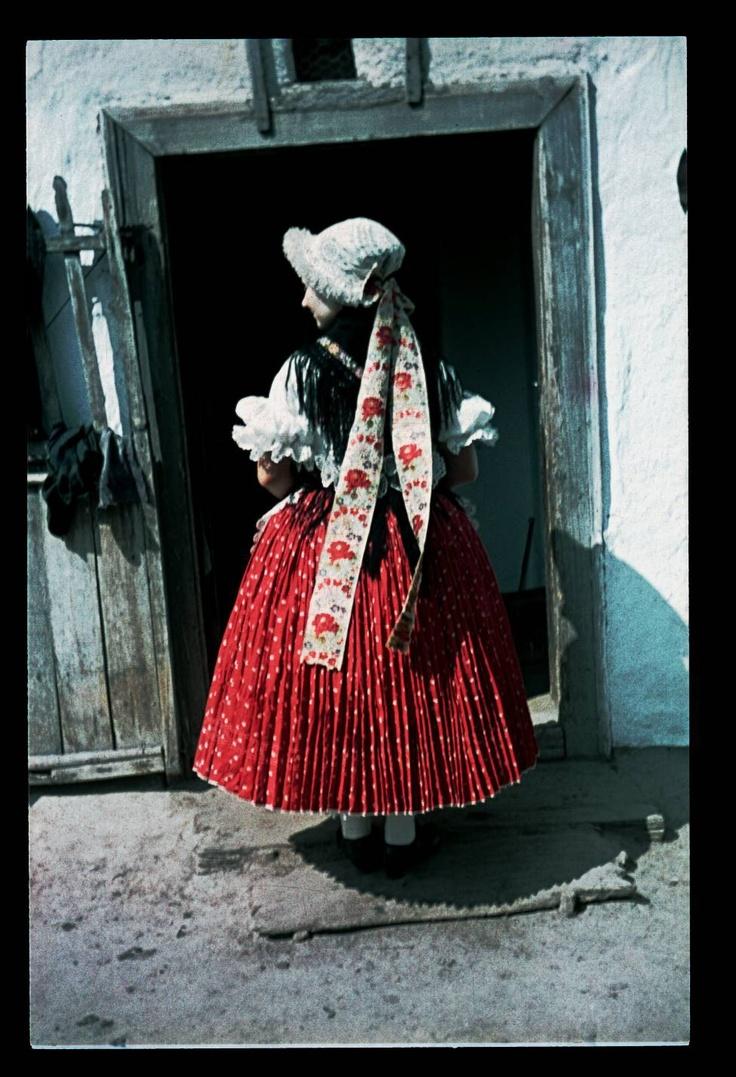 From Diósjenő/Néprajzi Múzeum | Online Gyűjtemények - Etnológiai Archívum, Diapozitív-gyűjtemény
