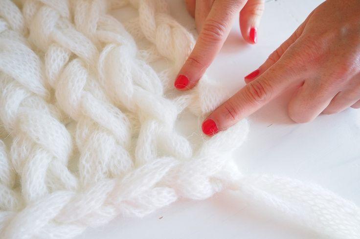 les 25 meilleures id es de la cat gorie grosse laine sur pinterest tricot avec grosse laine. Black Bedroom Furniture Sets. Home Design Ideas
