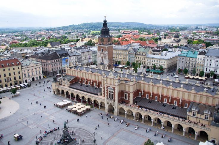 We'll never get enough of #Krakow.  http://www.stay.com/krakow/guides/