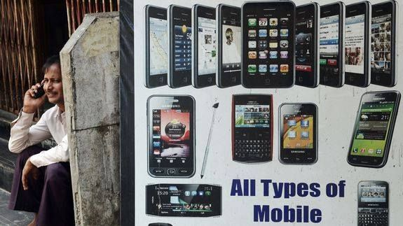 India issues notice to Amazon others for selling imported refurbished phones Read more Technology News Here --> http://digitaltechnologynews.com  India may be a big market for refurbished and used phones but it isn't easy to sell such products in the country.  SEE ALSO: 5 things you need to know about the world's fastest growing smartphone market  India environment ministry has issued a show-cause notice to Amazon India and 20 other e-commerce companies for importing and selling used and…