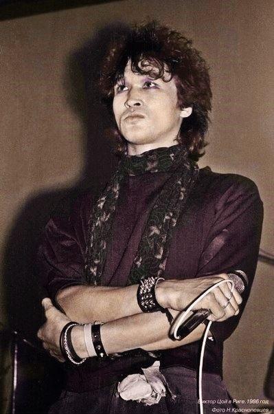 Viktor Tsoi (1986)