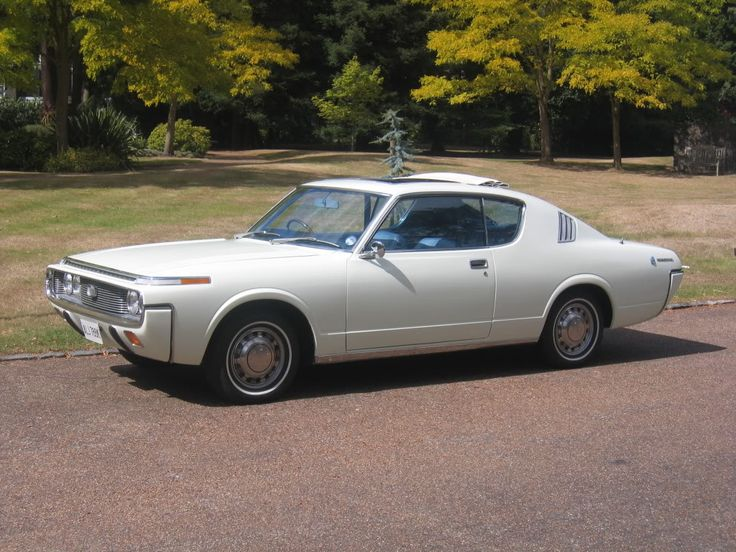 70s toyota crown closest I've seen Toyota get to a classic