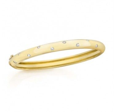 Etoile Set Diamond Bangle Bracelet In 18Kt Gold
