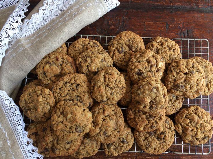 Unter allen unzähligen Cookies, die ich in meinem Leben schon gebacken und gegessen habe, gehören diese hier zu meinen absoluten Favoriten. Das hier ist also ein echter Superkeks. Die Fähigkeiten, …