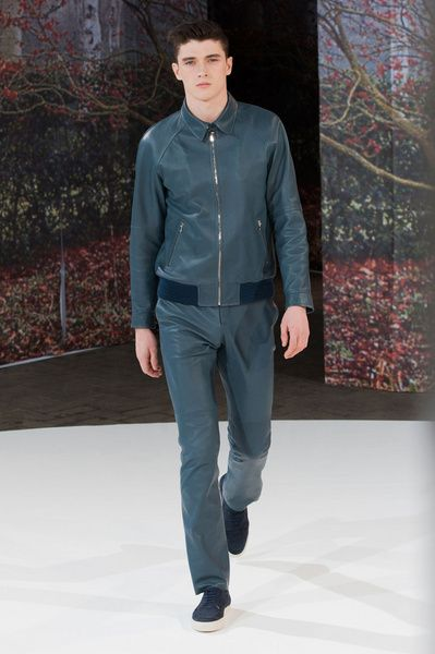 Mode à Paris FW 2014/15 – Melinda Gloss See all the catwalk on: http://www.bookmoda.com/sfilate/mode-a-paris-fw-201415-melinda-gloss/ #paris #fall #winter #catwalk #menfashion #man #fashion #style #look #collection #modeaparis #melindagloss