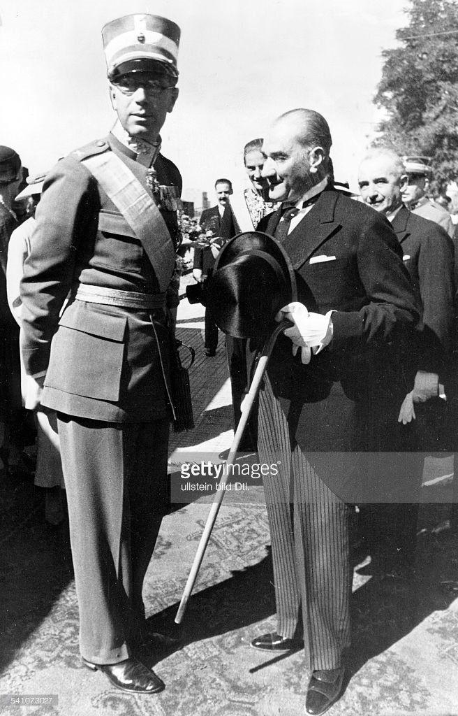 Cumhuriyet Bayramı! Yaşasın Cumhuriyet! #Atatürk #Swedish Veliaht Prens Gustav Adolf ile.