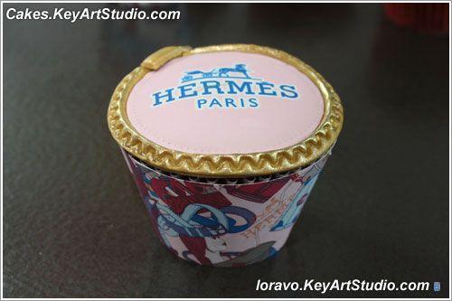 Обертки для капкейков и медальоны с дизайном дома Гермес. Скачать!   Blog Loravo: Кулинарные записки дизайнера