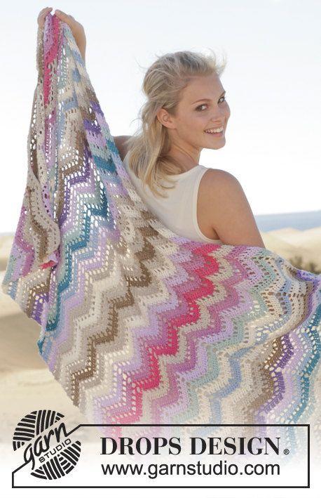 Uncinetto coperta motivo a zig-zag copriletto estate di Lallallero