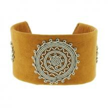 """Handmade single wrap Bracelet created in brown leather with woven Pewter and horn clasp by Maria Rudman. 1 1/2"""" wide, 7"""""""