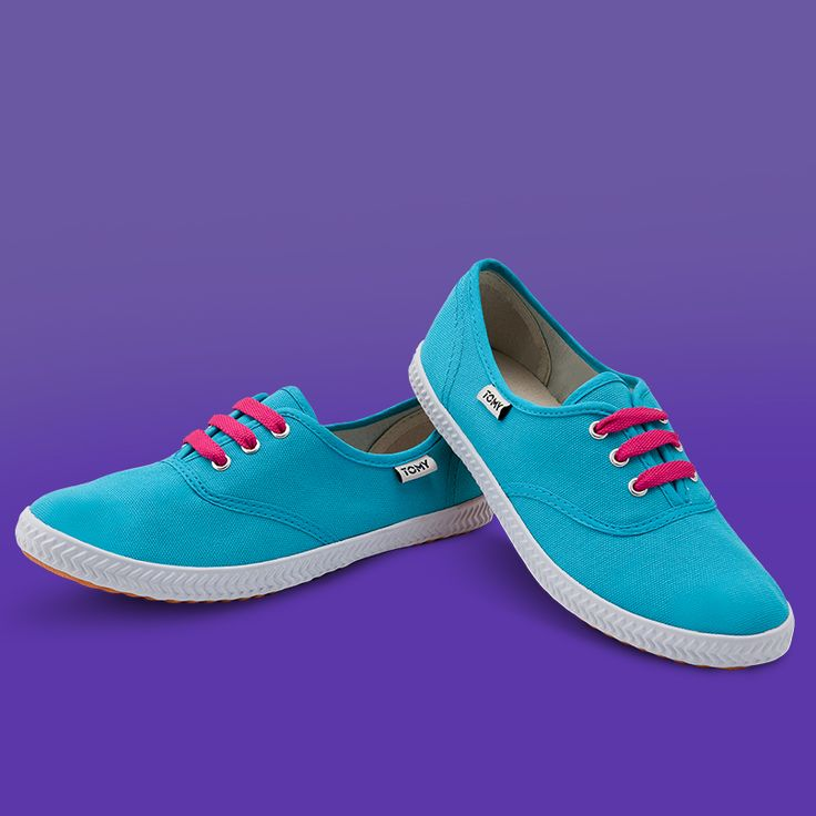 Tomy Original Low Turquoise (fuschia laces not included)