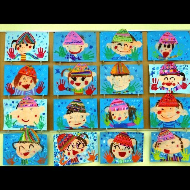 【アプリ投稿】2月壁面4歳児手袋は自分の手形を。帽子は自分の好き… | みんなのタネ | あそびのタネNo.1[ほいくる]保育や子育てに繋がる遊び情報サイト