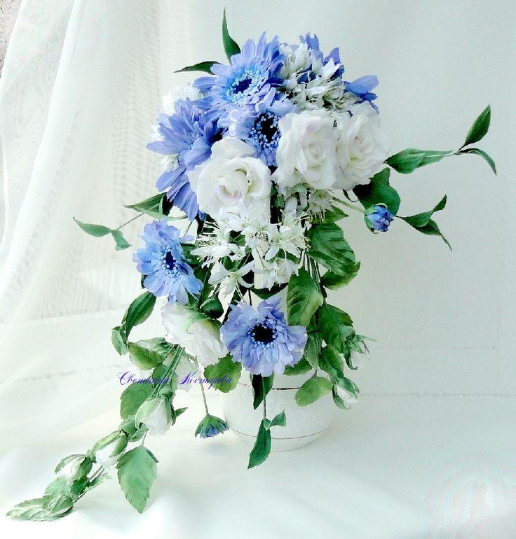 Каскадный букет невесты.Натуральный шелк.Ручная работа.Герберы,розы ,клематис маньжурский.