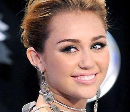 Miley cyrus date of birth in Australia