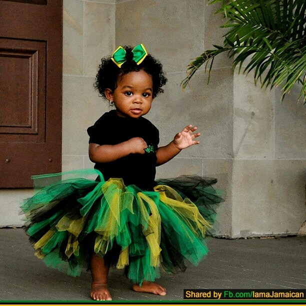 Tutu and hair bow in colors of Jamaican flag