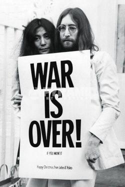 plakat JOHN LENNON - WAR IS OVER