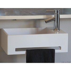 http://www.ruedubain.com/ Lave Main Rectangulaire Wishe Solid Surface 48x30 cm avec porte serviette intégré et siphon caché.189€