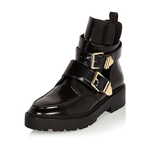 Schwarze Lackstiefel mit Aussparungen - Stiefel - Schuhe/Stiefel - Damen