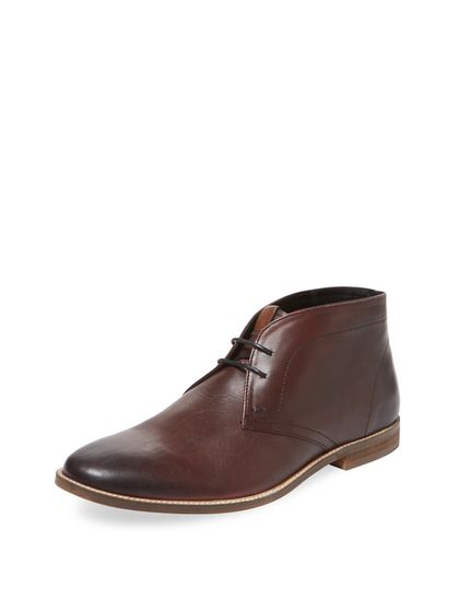 Round-Toe Leather Chukka Boot